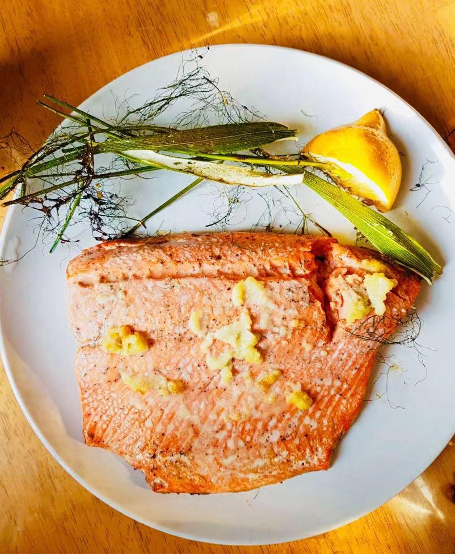 AirGO Grilled Crispy-Skinned Salmon