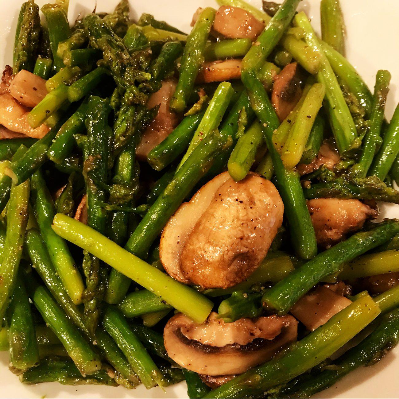 AirGO Grill Asparagus and Mushroom