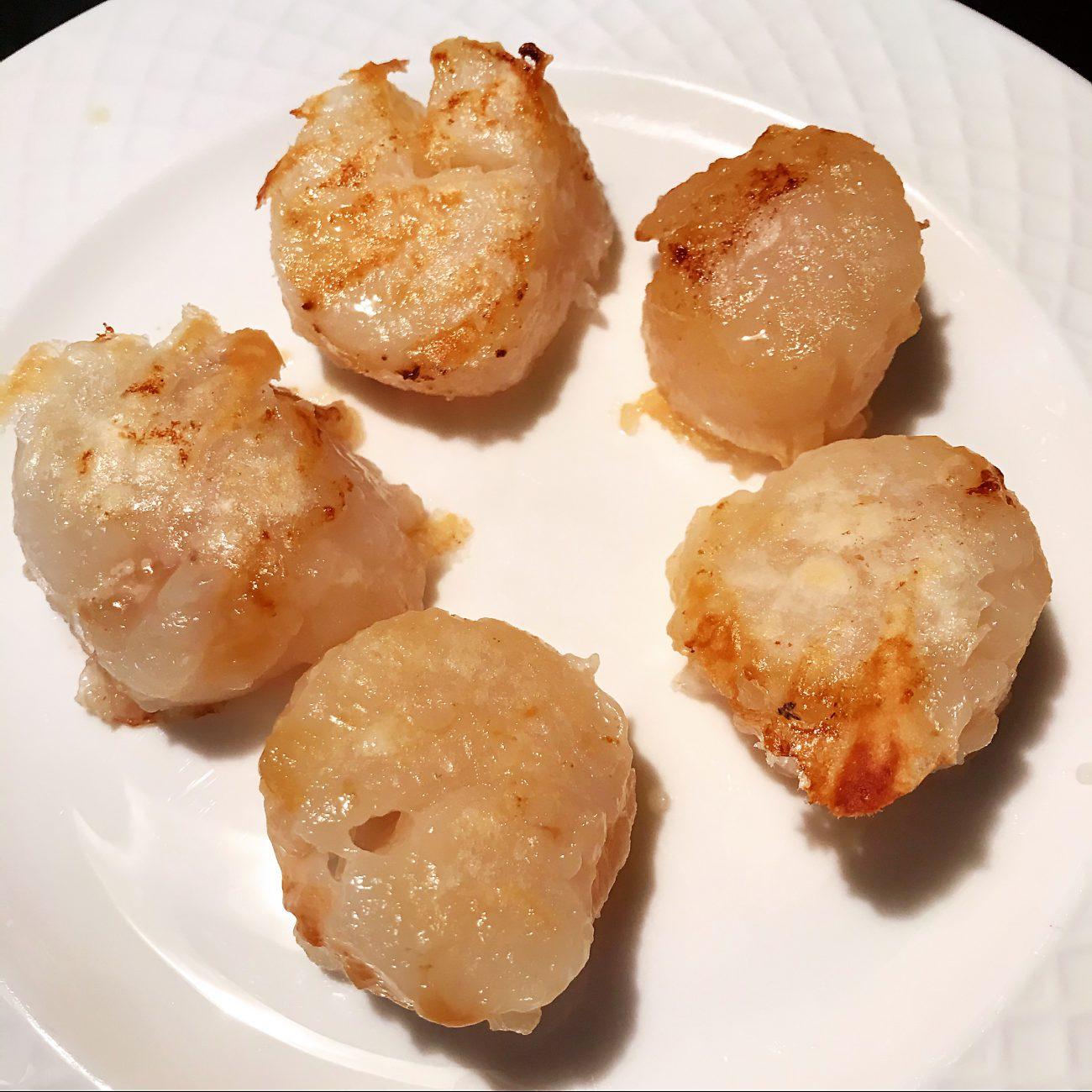 Grilled jumbo scallops