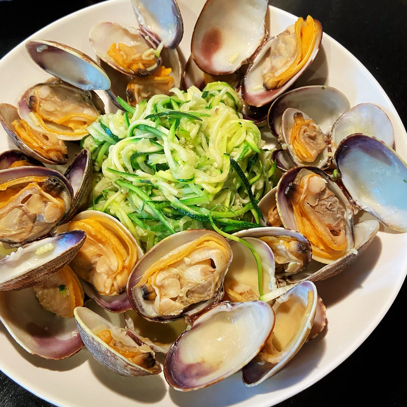 Green Onion Ginger Grilled Clam with Zucchini noodles